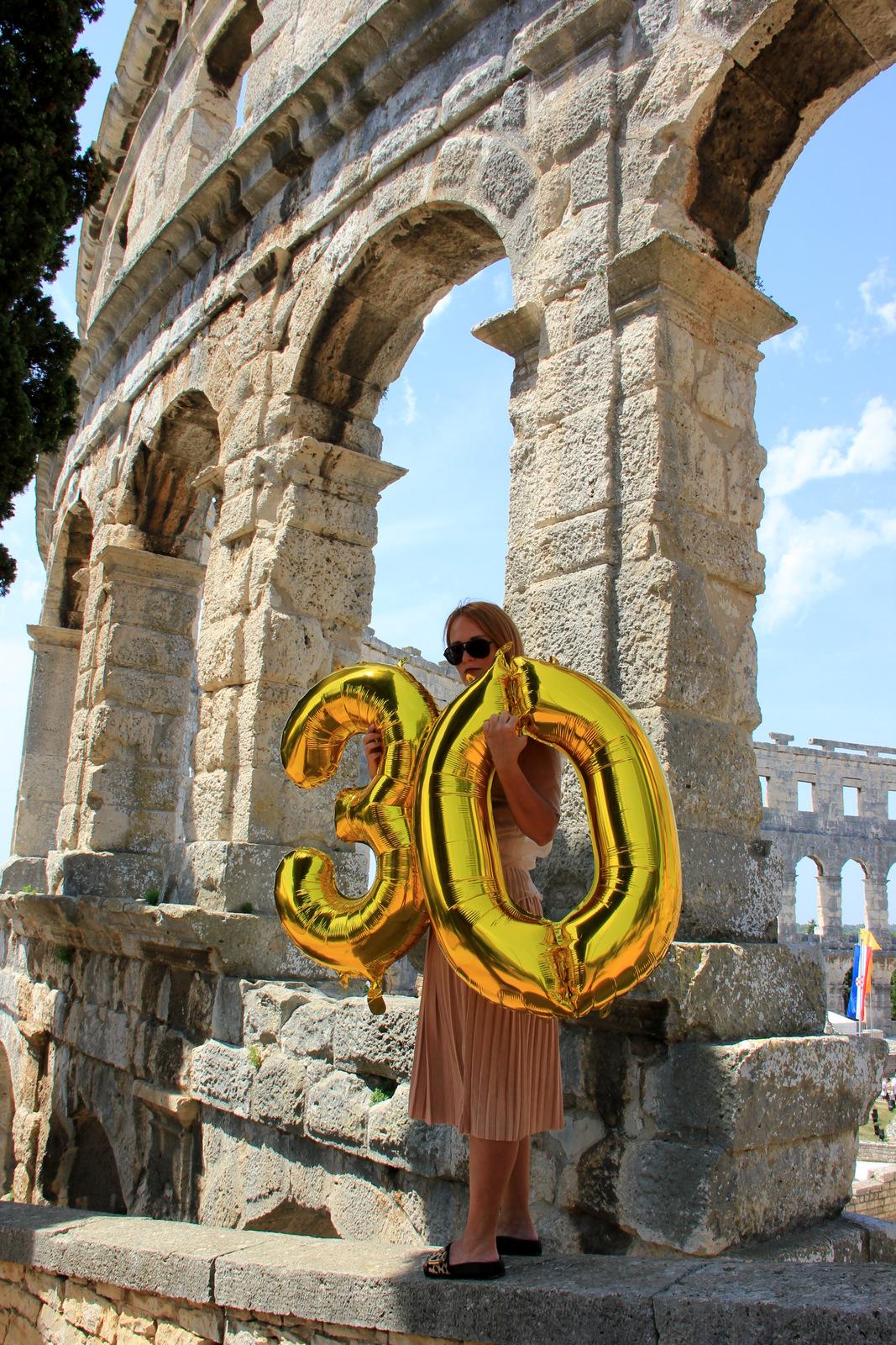 30 lat